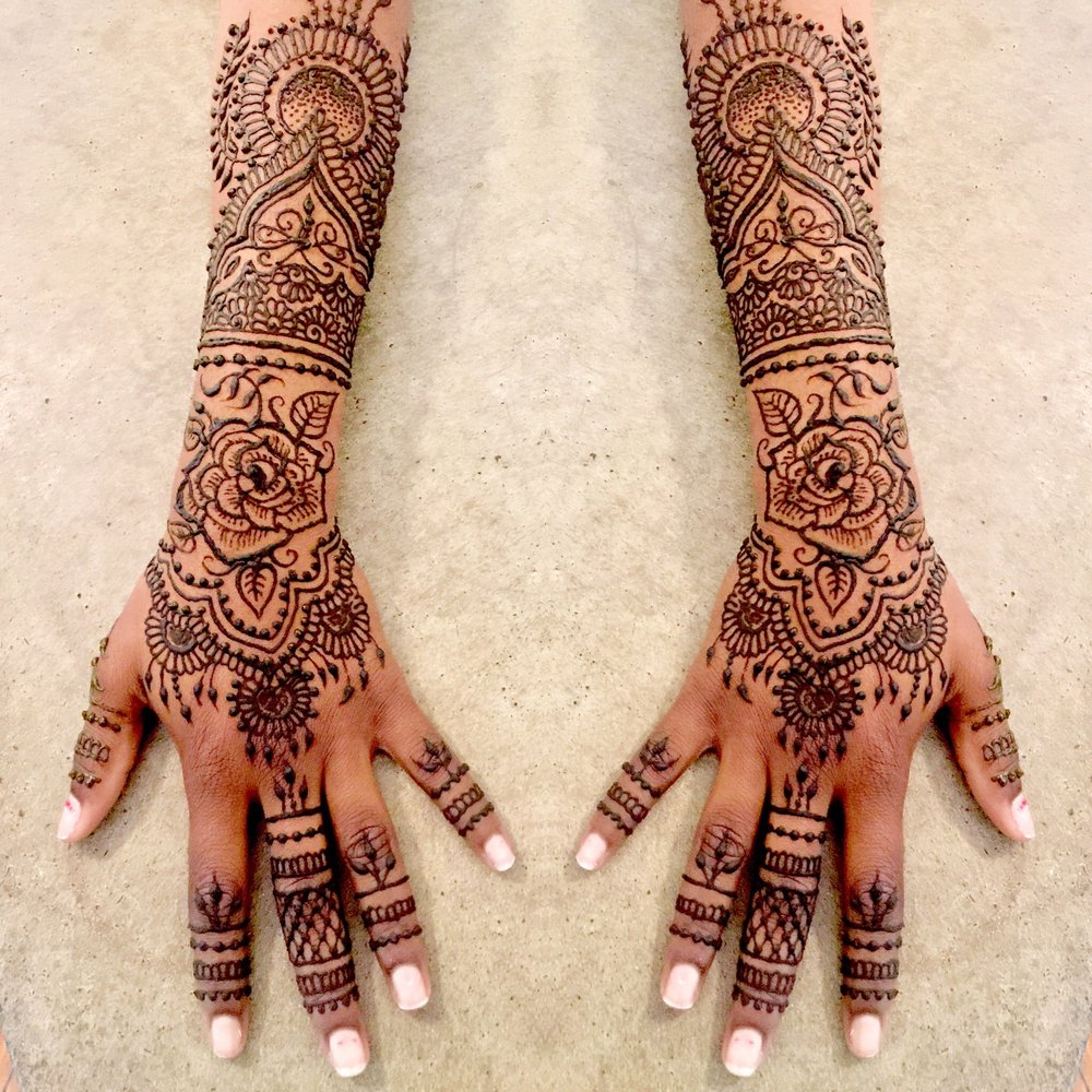 Arabic henna tattoo design